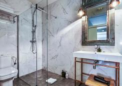 The Conica Deluxe Bed&Breakfast - Barcelona - Bathroom