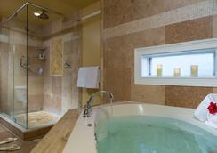 Bayfront Marin House - St. Augustine - Bathroom