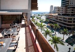 Hotel Adonis Plaza - Santa Cruz de Tenerife - Outdoor view