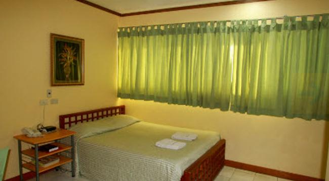 Check Inn Pension Arcade - Dumaguete City - Bedroom