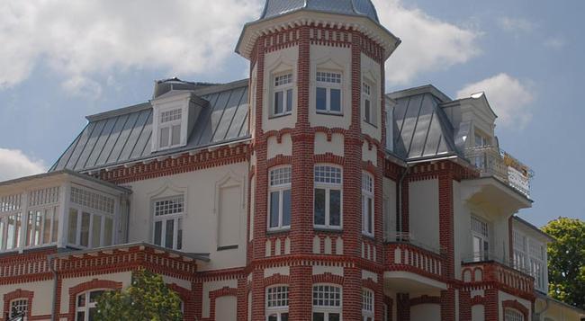 Villa Stella Maris - Miedzyzdroje - Building