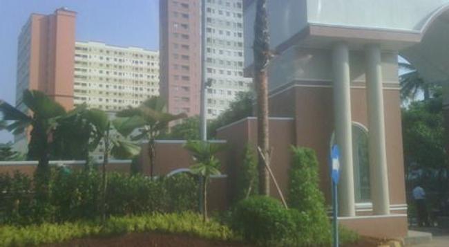 The London Living Apartment at Kebagusan City - South Jakarta - Building
