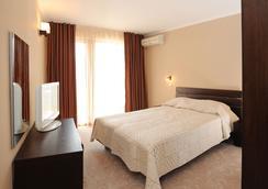 Hotel Plaza - Ravda - Bedroom