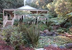 Myers Creek Cascades Luxury Cottages - Healesville - Building