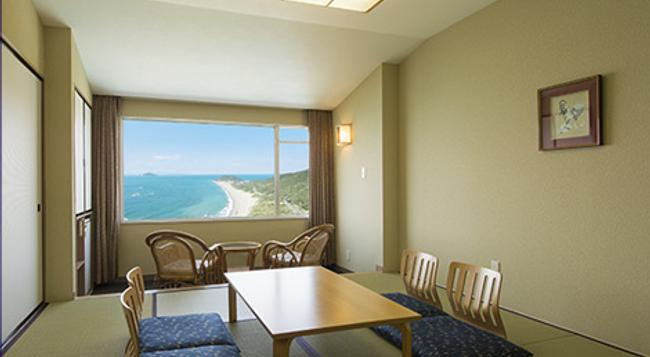 Irako View Hotel - Tahara - Living room