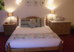 The Rose & Crown - Canterbury - Bedroom