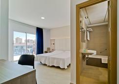Hotel Bristol Park Benidorm - Benidorm - Bedroom