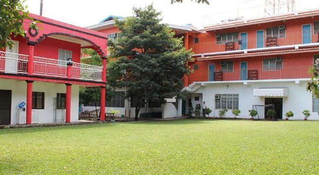E-mo Dormitory - Hostel - Cebu City - Building