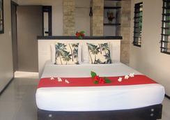 Mantaray Island Resort - Nanuya Balavu Island - Bedroom