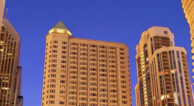Fairmont Chicago, Millennium Park - Chicago - Building