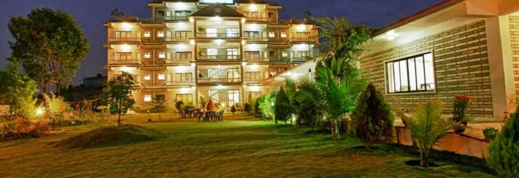 Hotel Crown Himalayas - Pokhara - Building