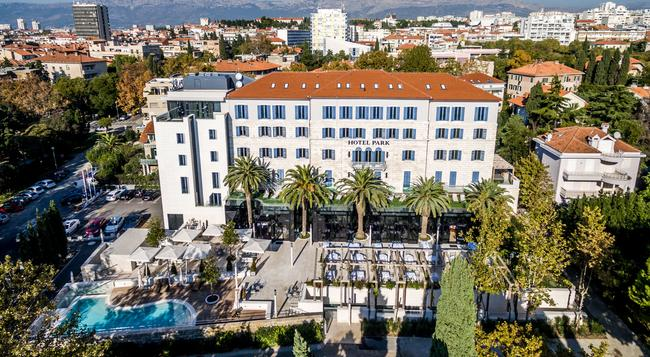 Hotel Park - Split - Building