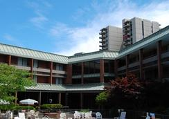 University Place Hotel and Conference Center - Portland - Pool