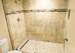 Scottsdale Plaza Resort - Scottsdale - Bathroom