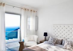 Belvedere Suites - Firostefani - Bedroom
