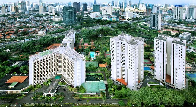 The Sultan Hotel & Residence Jakarta - Jakarta - Building
