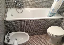Tortuga Casa Vacanze - Scarlino - Bathroom
