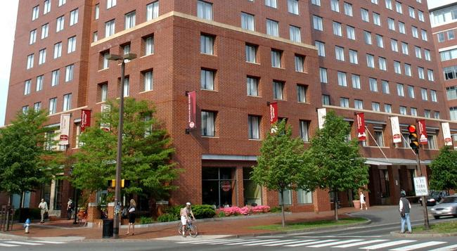 Residence Inn by Marriott Boston Cambridge - Cambridge - Building