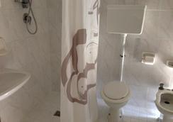 Albergo Villa Arlotti - Rimini - Bathroom