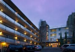 Park Lane Suites & Inn - Portland - Outdoor view
