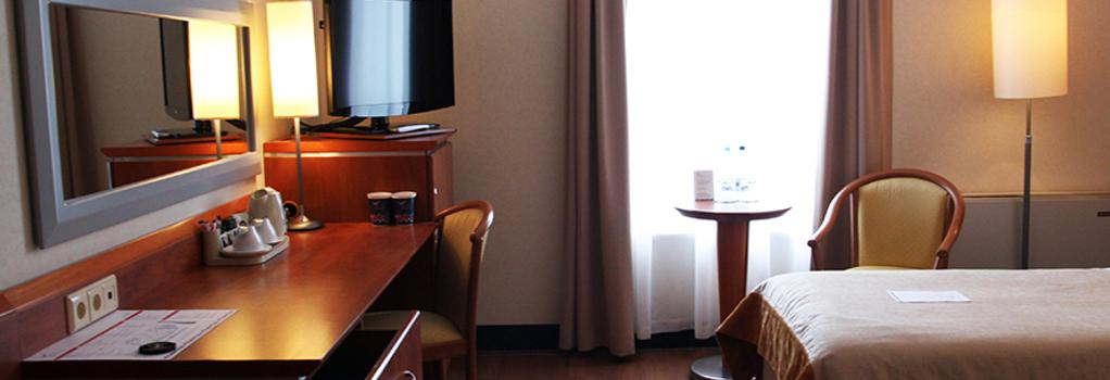 Hotel Nadmorski - Gdynia - Bedroom