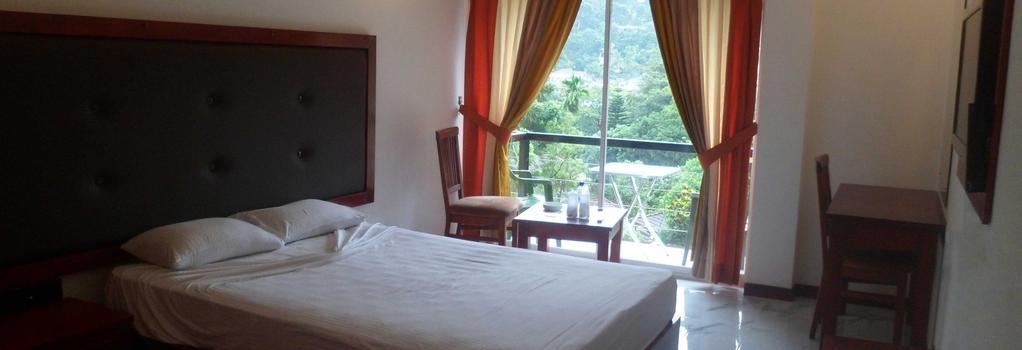The Kandyan Hotel - Kandy - Bedroom