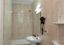 Hotel Panton - Vigo - Bathroom