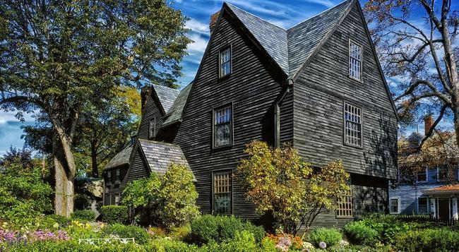 The Salem Inn - Salem - Building