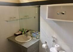 ER Villa Bali - Kuta - Bathroom