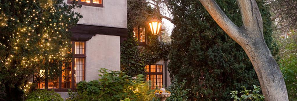 Old Monterey Inn - Monterey - Building