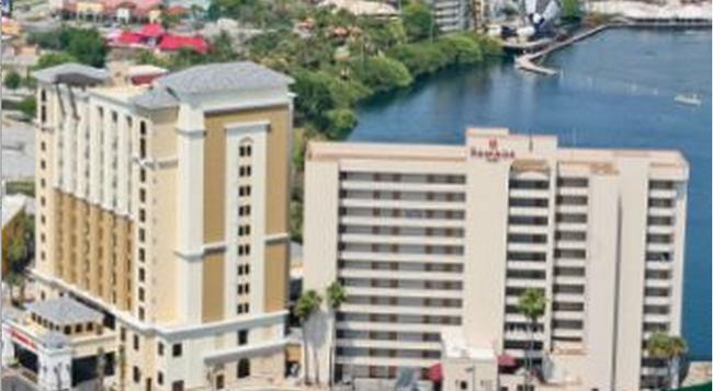 Ramada Plaza Resort and Suites Orlando Internation - Orlando - Building