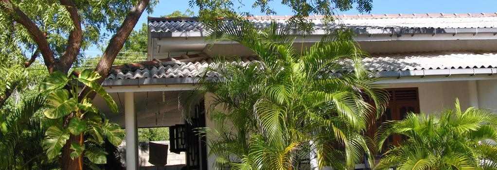 Jc Guest House - Kirinda - Building