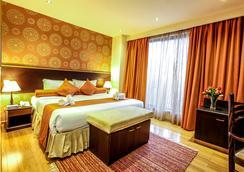 The Monarch Hotel - Nairobi - Bedroom