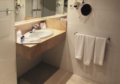Estival Park Hotel - La Pineda - Bathroom