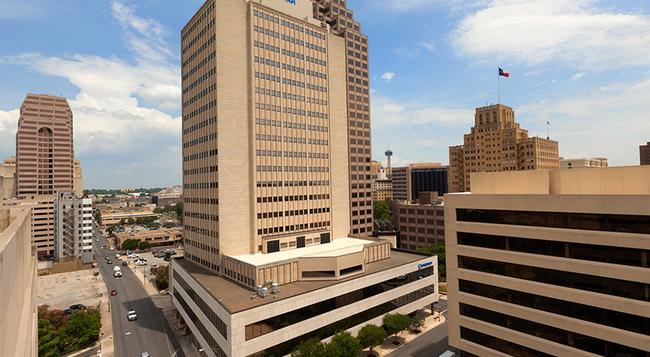 Wyndham San Antonio Riverwalk - San Antonio - Building