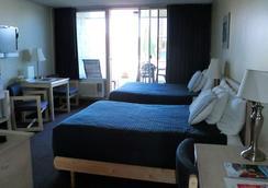 Foghorn Harbor Inn - Marina del Rey - Bedroom
