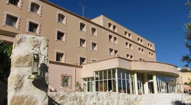 Kings' Way Hotel - Wadi Musa - Building