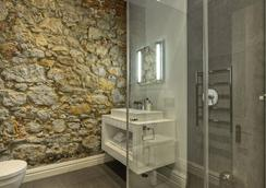 Three Boutique Hotel - Cape Town - Bathroom