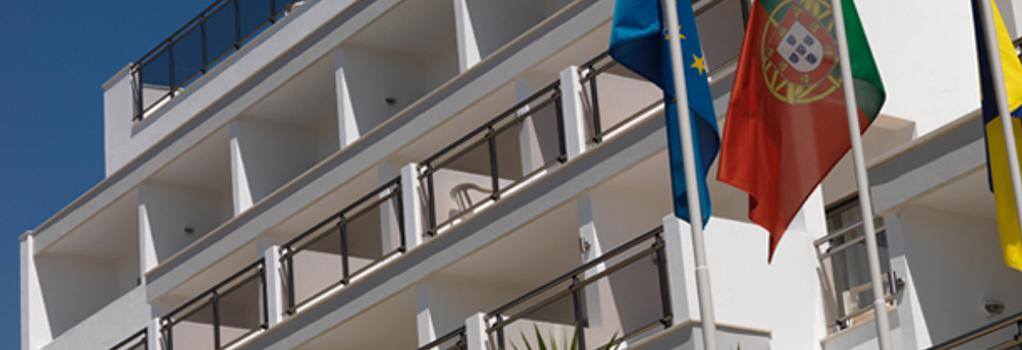 Carvi Beach Hotel - Lagos - Building