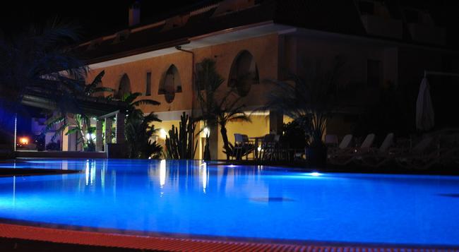 Hotel La Praia - Zambrone - Pool
