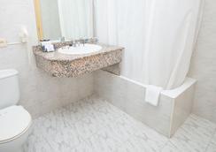Hotel Amic Gala - Palma de Mallorca - Bathroom