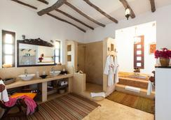 Kasha Boutique Hotel - Matemwe - Bathroom