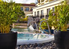 Porto Santa Maria Hotel - Funchal - Pool