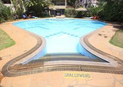 Hillpark Hotel - Nairobi - Pool