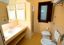 Villa Favorita - Marsala - Bathroom