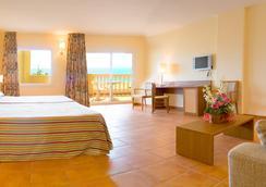 Hotel Rh Casablanca & Suites - Peniscola - Bedroom