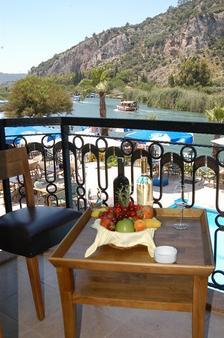 Dalyan Tezcan Hotel - Dalyan (Mugla) - Balcony