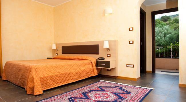 BV Borgo del Principe - Zambrone - Bedroom