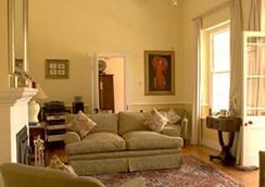 Les Chambres Guest House - Franschhoek - Lounge
