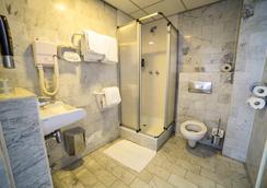 Hotel City Garden Amsterdam - Amsterdam - Bathroom
